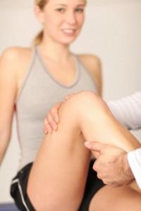 Sportmassage is een gerichte massage op spieren die zwaar belast worden of overbelast zijn. © PA - Fotolia