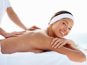 In een welness-centrum is het vaak mogelijk een massage te ondergaan ©